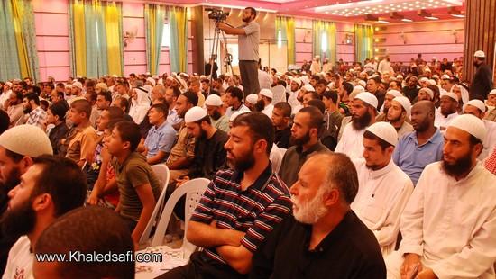 حشد من الجمهور يستمع لكلمة أمين سر الجمعية والتي تناولت العديد من إنجازات الجمعية خلال العام المنصرم